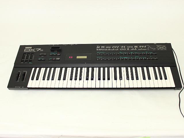 ヤマハ YAMAHA DX7s シンセサイザー